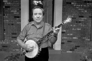 Earl_Scruggs_01_a_cropped_small (300x200)